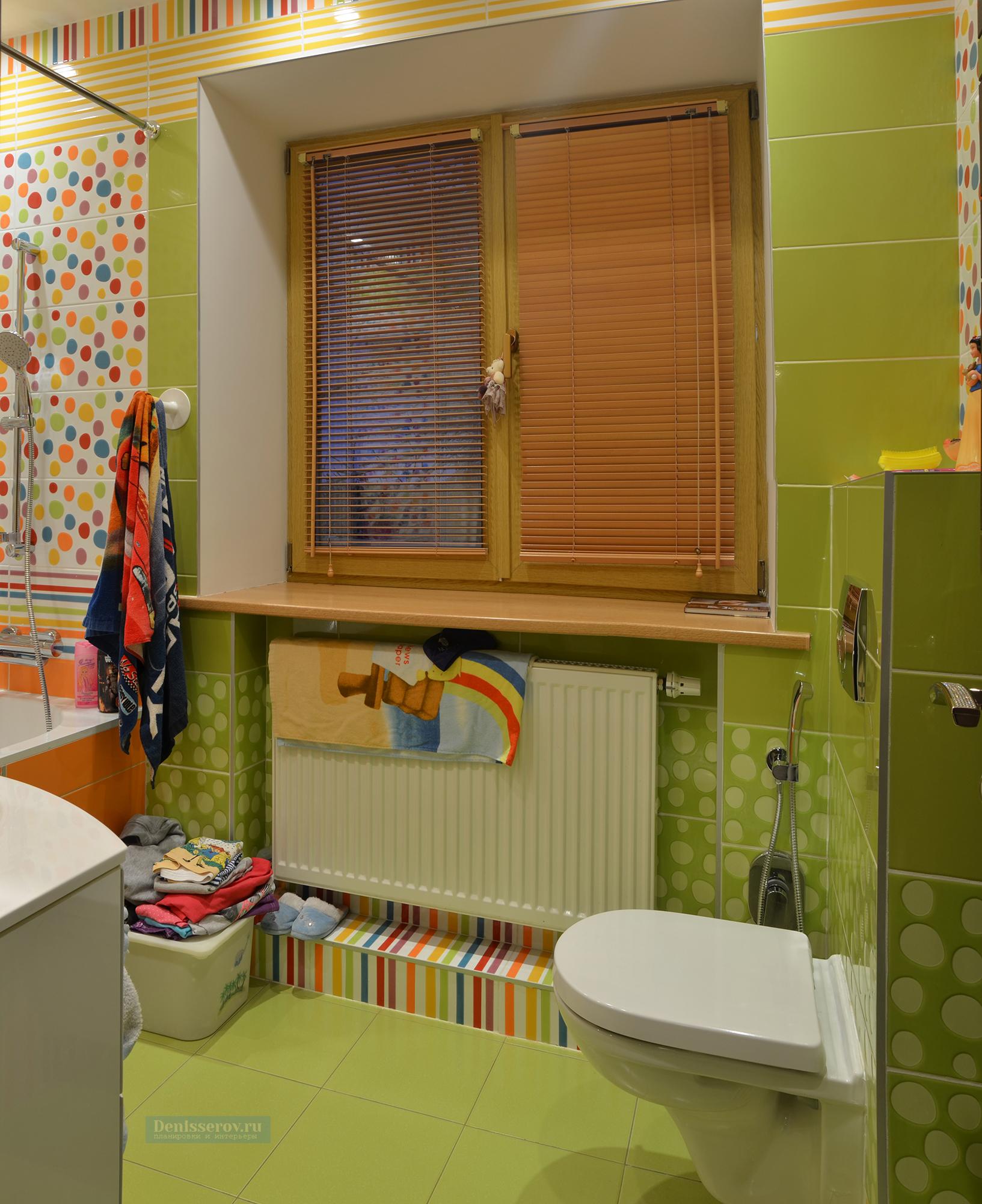 Dizajn-detskoj-vannoj-komnaty-v-zelenom-cvete-3