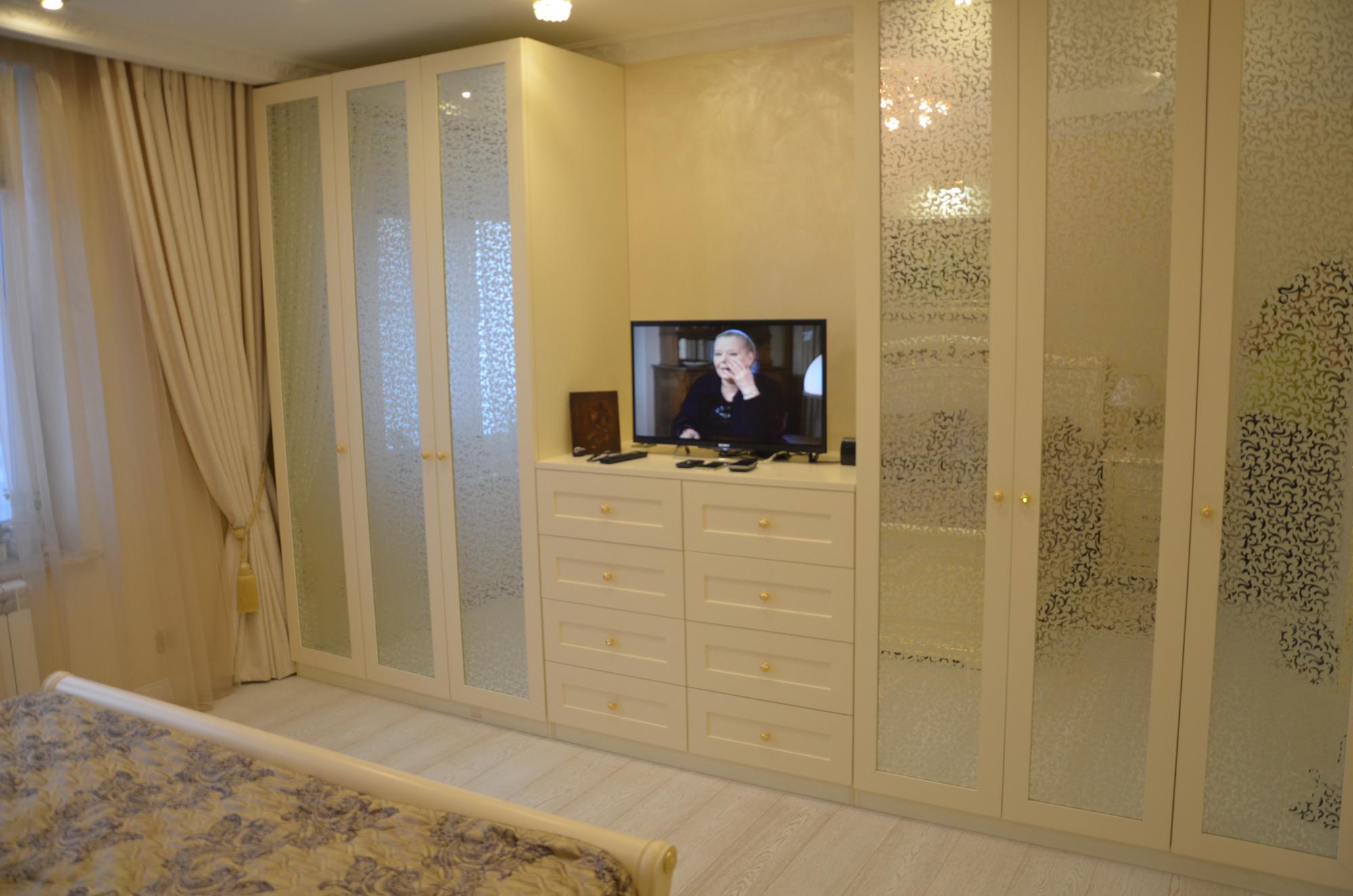 Dizajn-spalni-16-kv-m-v-klassicheskom-stile-6