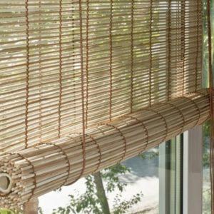 bambukovye_zhalyuzi_na_balkone_2-583x500
