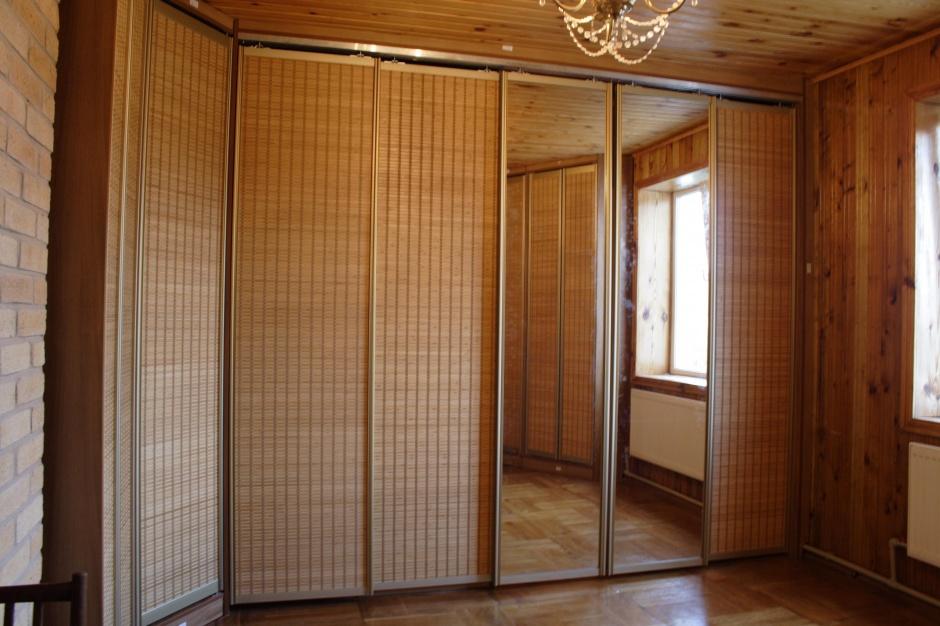 Шкафы купе с ротангом дизайн